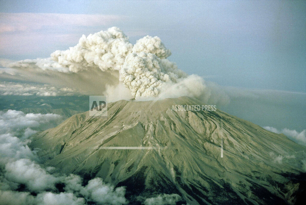 Watchf AP A  WA USA APHS461288 Mount St. Helens