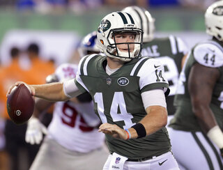 Jets Darnold Starts Football