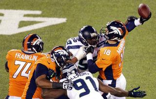 Peyton Manning, Cliff Avril