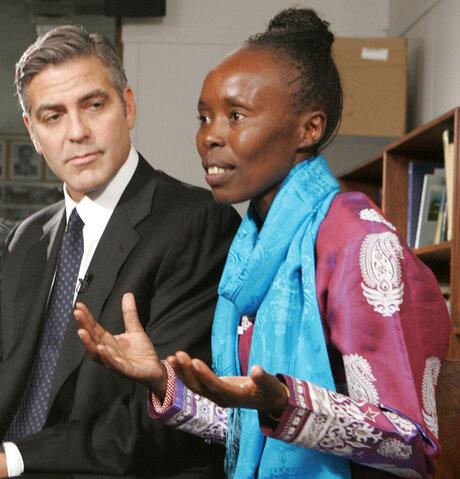 George Clooney, Tegla Loroupe