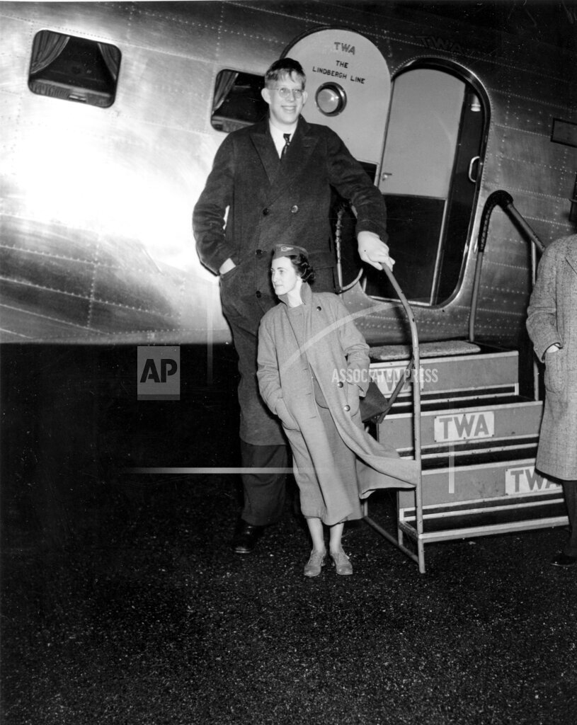 Associated Press Domestic News New York United States NYC ROBERT WADLOW AIRPLANE
