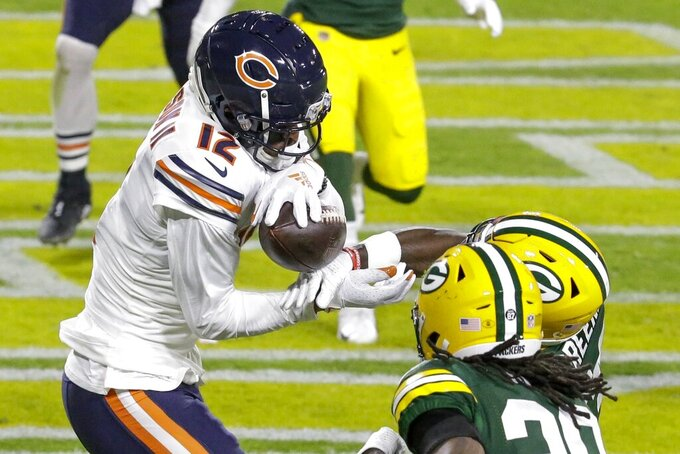 Chicago Bears' Allen Robinson can't catch a ball in the end zone during the first half of an NFL football game against the Green Bay Packers Sunday, Nov. 29, 2020, in Green Bay, Wis. (AP Photo/Mike Roemer)