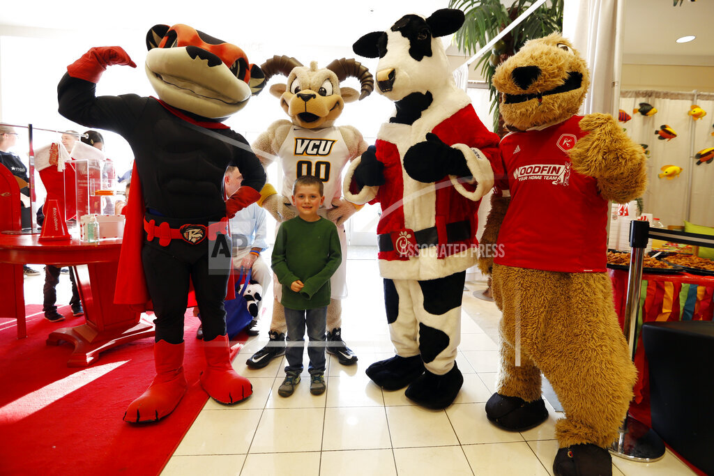 Watchf AP images for Macy's A CPACOM VA USA VACS125 National Believe Day 2015 - Richmond