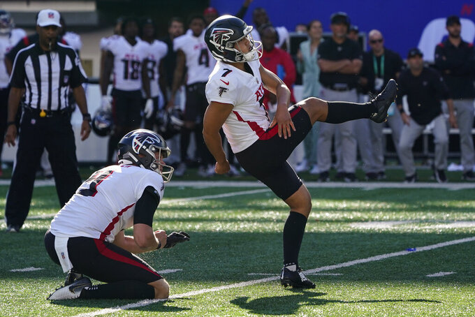 Atlanta Falcons kicker Younghoe Koo (7) kicks the game-winning field goal during the first half of an NFL football game against the New York Giants, Sunday, Sept. 26, 2021, in East Rutherford, N.J. (AP Photo/Seth Wenig)