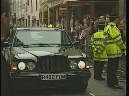 UK: LONDON: PRINCE CHARLES & CAMILLA PARKER-BOWLES WRAP