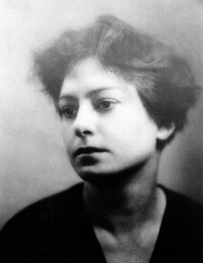 FILE - Author and poet Dorothy Parker is shown in an undated photo. Writer, humorist and civil rights supporter Dorothy Parker died in 1967 but it wasn't until 2020 that her ashes found a final resting place. The New York Post reports that a memorial ceremony, held on Monday, Aug. 23, 2021, at the Woodlawn Cemetery in the Bronx, New York, unveiled a headstone at her family's plot where her ashes are buried. (AP Photo, File)