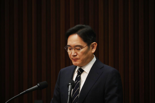 Samsung Electronics Vice Chairman Lee Jae-yong speaks during a news conference at a company's office building in Seoul, South Korea, Wednesday, May 6, 2020. Lee on Wednesday issued a statement of remorse but offered no clear admission of wrongdoing over his alleged involvement in a 2016 corruption scandal that spurred massive street protests and sent South Korea's then-president to prison. (Kim Hong-Ji/Pool Photo via AP)