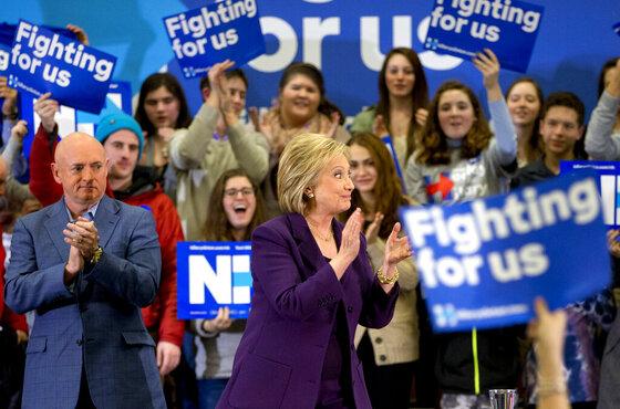 Hillary Clinton, Mark Kelly