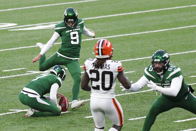 New York Jets' Sam Ficken (9) kicks a field goal during the second half of an NFL football game against the Cleveland Browns Sunday, Dec. 27, 2020, in East Rutherford, N.J. (AP Photo/Bill Kostroun)