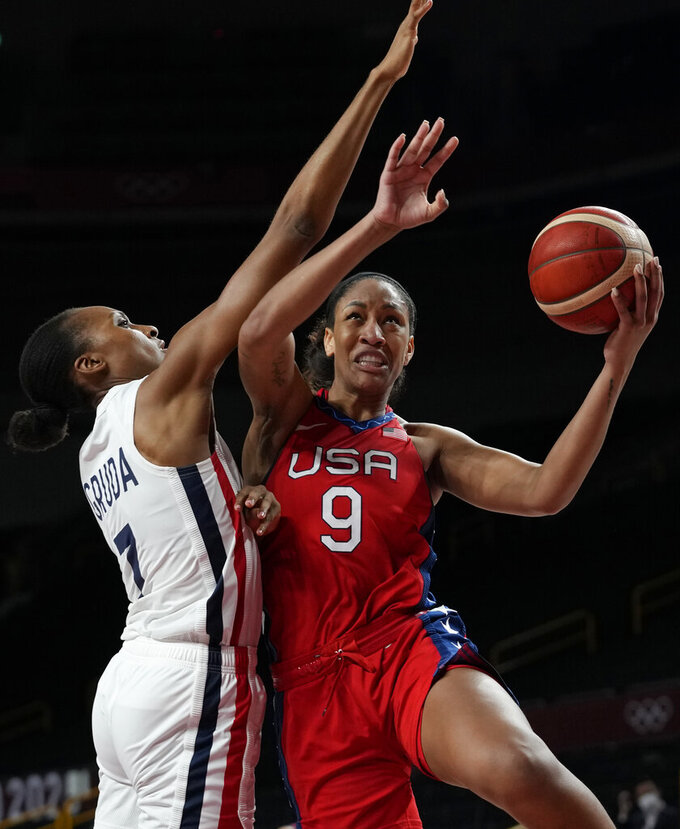 US women lose in soccer, win in volleyball, basketball