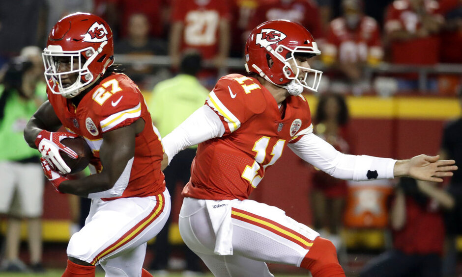 Kareem Hunt, Alex Smith