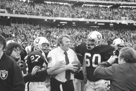 Raiders Oakland Farewell? Football