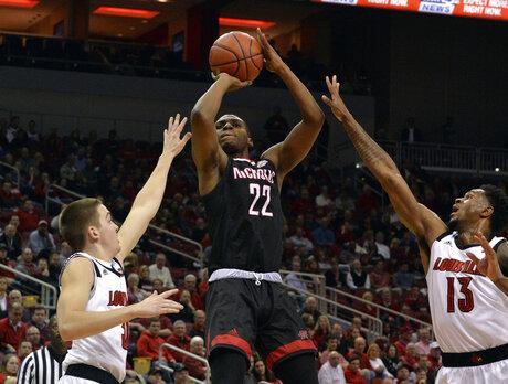 Nicholls St Louisville Basketball