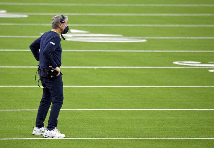 Head coach Pete Carroll of the Seattle Seahawks looks on against the Los Angeles Rams in the fourth quarter of a NFL football game at SoFi Stadium in Inglewood on Sunday, November 15, 2020. Los Angeles Rams won 23-16. (Keith Birmingham/The Orange County Register via AP)