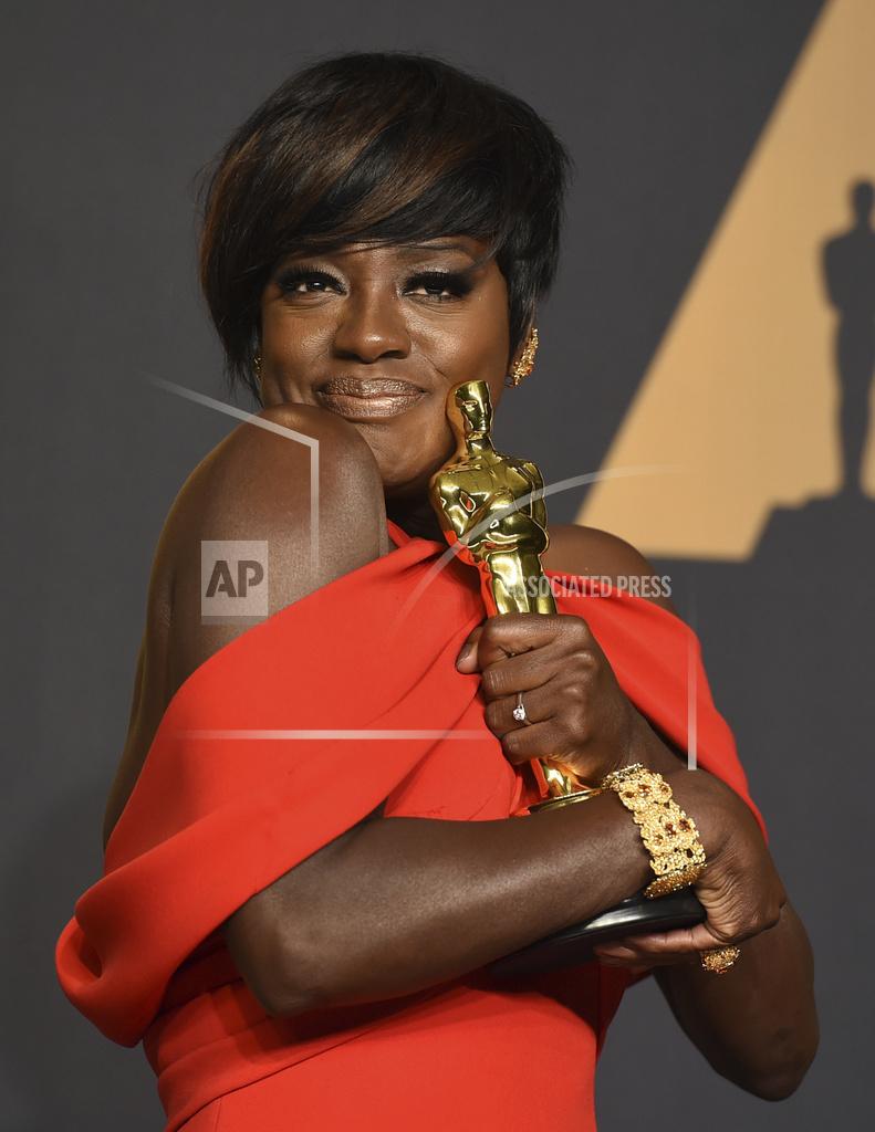 APTOPIX 89th Academy Awards - Press Room