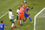 Portland Timbers goalkeeper Jeff Attinella (1) makes a save in the second half of an MLS soccer match against FC Cincinnati, Sunday, March 17, 2019, in Cincinnati. (AP Photo/John Minchillo)