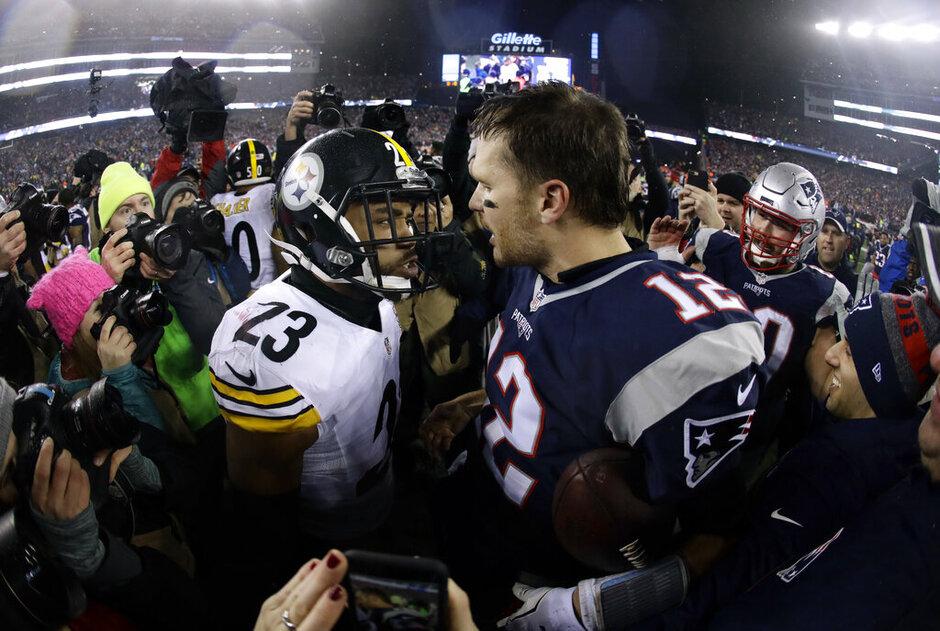 Mike Mitchell, Tom Brady