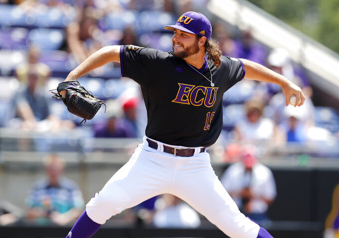 East Carolina's Alec Burleson pitches against Campbell in an NCAA college baseball tournament regional game in Greenville, N.C., Monday, June 3, 2019. (Ethan Hyman/The News & Observer via AP)