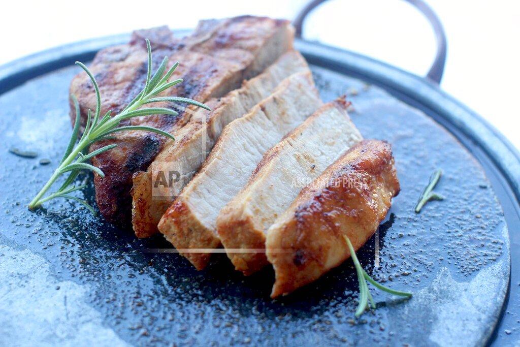 Food American Table Pork Chop Flambe