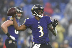 Baltimore Ravens quarterback Robert Griffin III works out prior to an NFL football game against the Pittsburgh Steelers, Sunday, Dec. 29, 2019, in Baltimore. (AP Photo/Gail Burton)