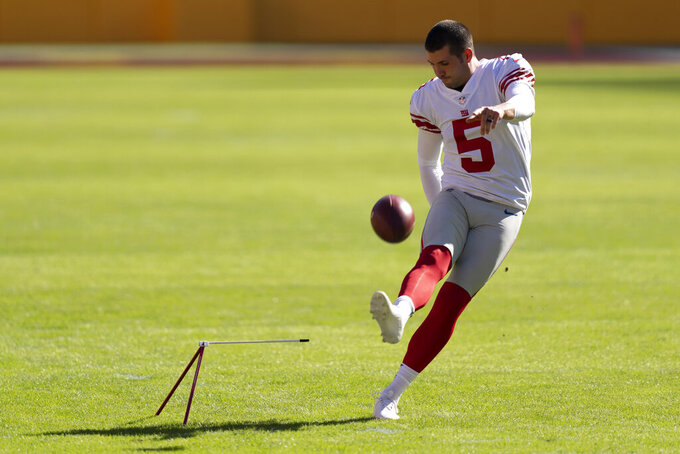 New York Giants kicker Graham Gano (5) practicing before the start of an NFL football game against the Washington Football Team, Sunday, Nov. 8, 2020, in Landover, Md. (AP Photo/Al Drago)