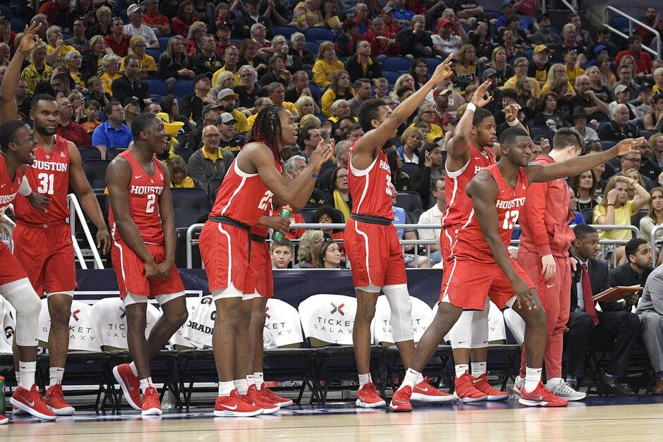 AAC Houston Wichita St Basketball