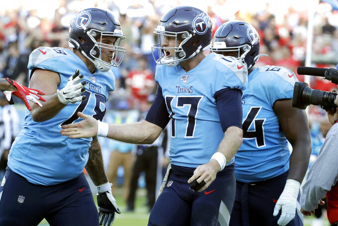 Tale of 2 left tackles: Taylor Lewan and Garett Bolles