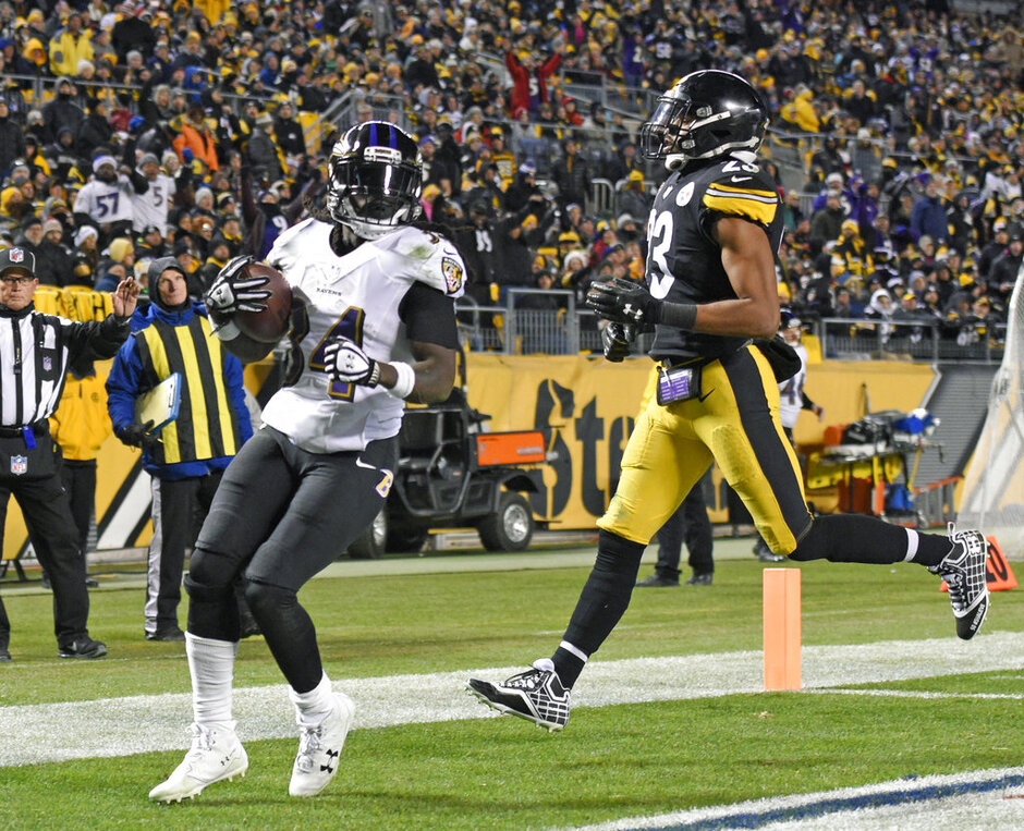 Mike Mitchell, Alex Collins