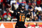 South quarterback Justin Herbert of Oregon (10) throws a pass during the first half of the Senior Bowl college football game Saturday, Jan. 25, 2020, in Mobile, Ala. (AP Photo/Butch Dill)