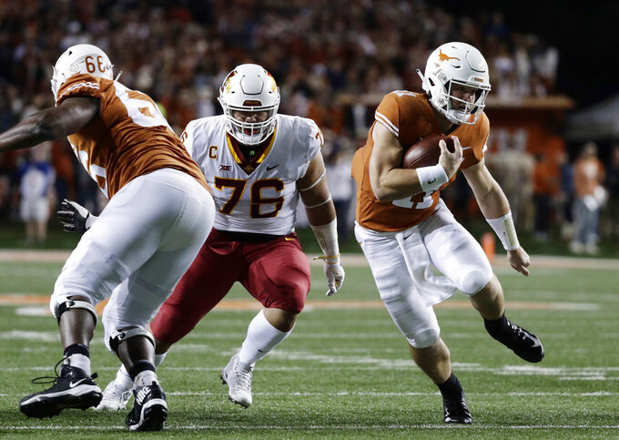 QB Ehlginer questionable to return for Texas