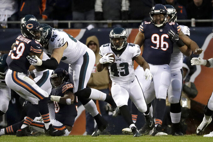 Philadelphia Eagles running back Darren Sproles (43) rushes for yardage during the first half of an NFL wild-card playoff football game against the Chicago Bears Sunday, Jan. 6, 2019, in Chicago. (AP Photo/Nam Y. Huh)