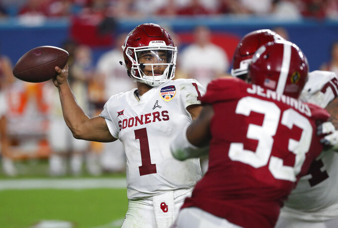 Oklahoma quarterback Kyler Murray (1) looks to pass, during the second half of the Orange Bowl NCAA college football game against Alabama, Saturday, Dec. 29, 2018, in Miami Gardens, Fla. (AP Photo/Wilfredo Lee)