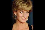 """FILE - In this Dec. 11, 1995 file photo, Diana, Princess of Wales, smiles at the United Cerebral Palsy's annual dinner at the New York Hilton. An investigation has found that a BBC journalist used """"deceitful behavior"""" to secure an explosive interview with Princess Diana in 1995, in a """"serious breach"""" of the broadcaster's guidelines. The probe came after Diana's brother, Charles Spencer, made renewed complaints that journalist Martin Bashir used false documents and other dishonest tactics to persuade Diana to agree to the interview. (AP Photo/ Mark Lennihan, file)"""
