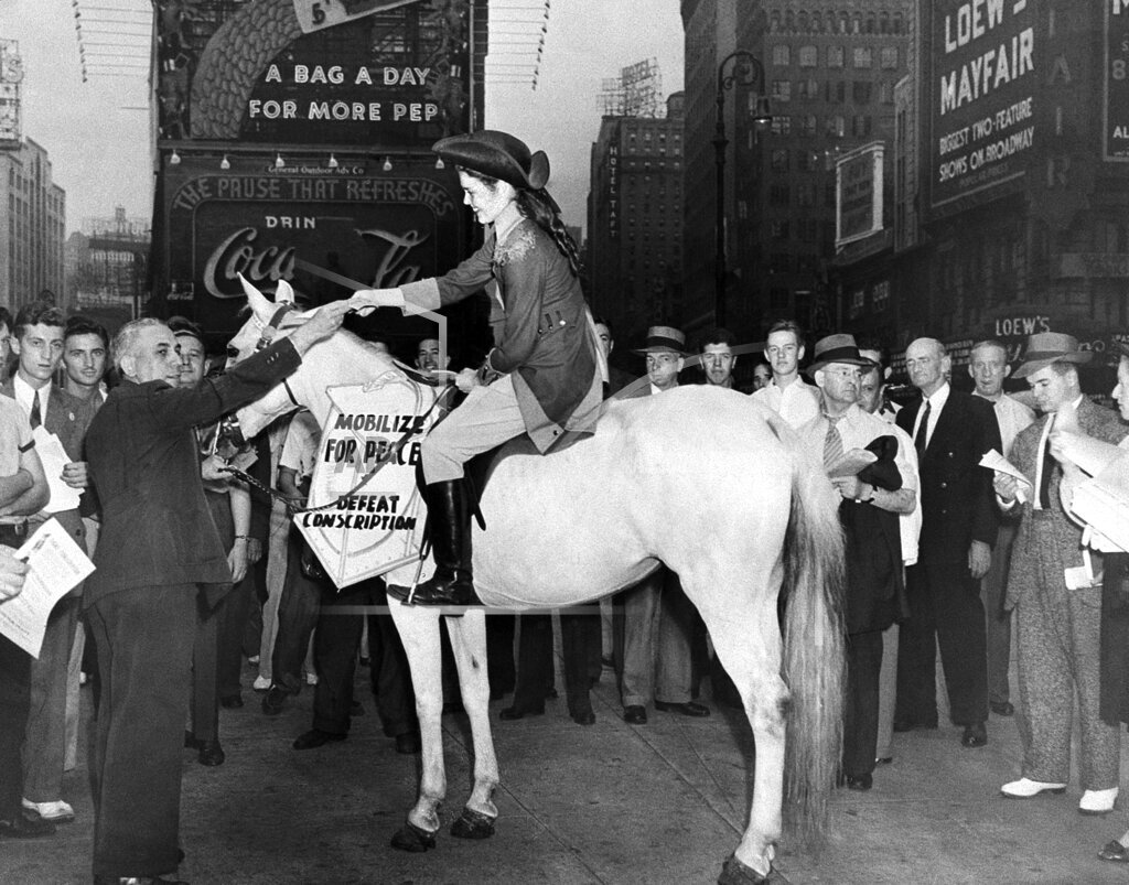 Watchf Associated Press Domestic News  New York United States APHS49615 MISS PAULINE REVERE