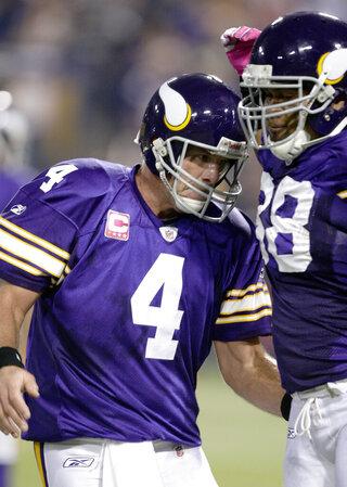 Adrian Peterson, Brett Favre