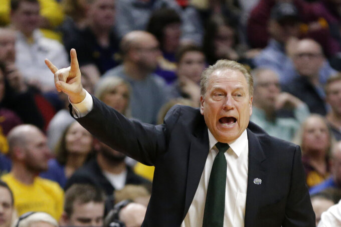 Michigan State coach Tom Izzo calls a play during the first half of a second round men's college basketball game against Minnesota in the NCAA Tournament, in Des Moines, Iowa, Saturday, March 23, 2019. (AP Photo/Nati Harnik)