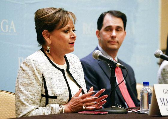 Susana Martinez, Scott Walker