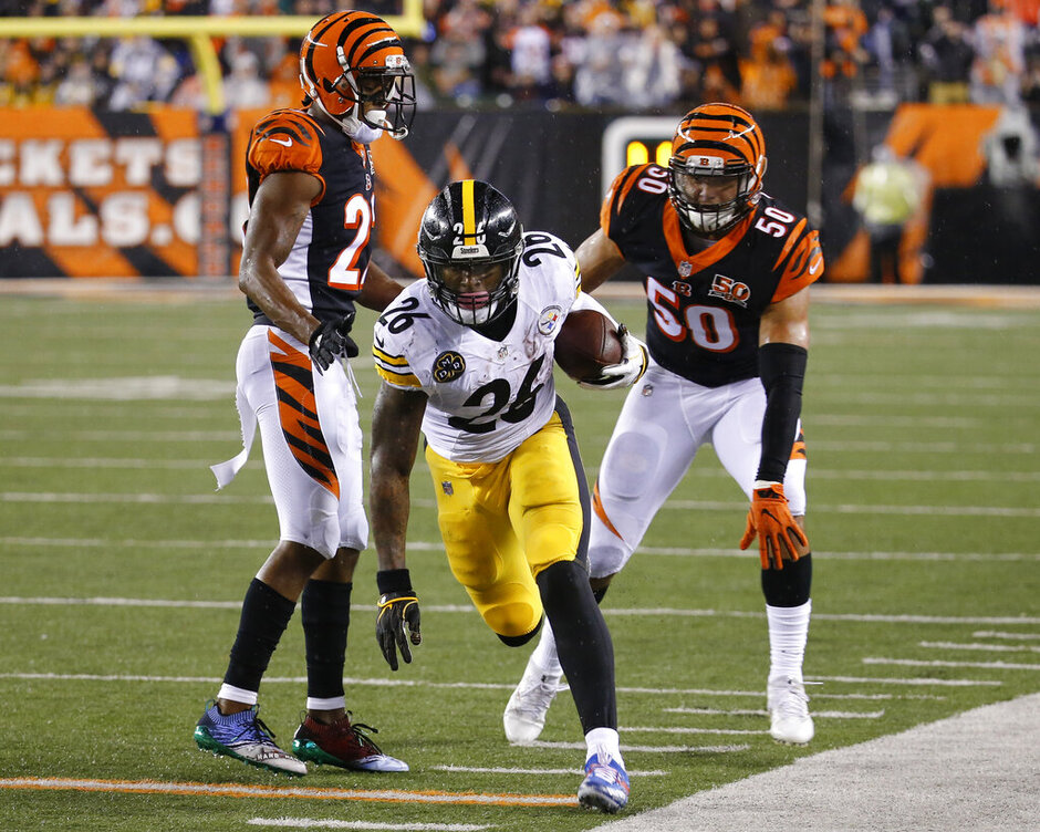 Le'Veon Bell, Jordan Evans, William Jackson