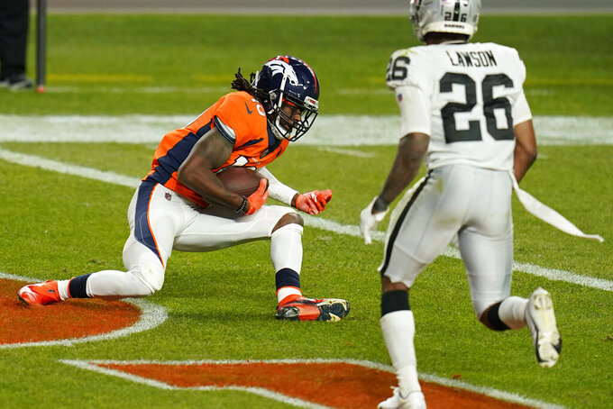 Denver Broncos wide receiver Kendall Hinton (2) makes a catch for a 2-point conversion against the Las Vegas Raiders during the second half of an NFL football game, Sunday, Jan. 3, 2021, in Denver. (AP Photo/Jack Dempsey)