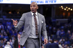 Memphis' head coach Penny Hardaway reacts to a play in the second half of an NCAA college basketball game against Cincinnati, Thursday, Jan. 16, 2020, in Memphis, Tenn. (AP Photo/Karen Pulfer Focht)