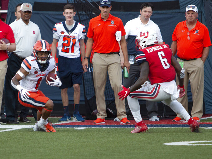 No. 22 Syracuse, back issues ruin Freeze's debut, 24-0