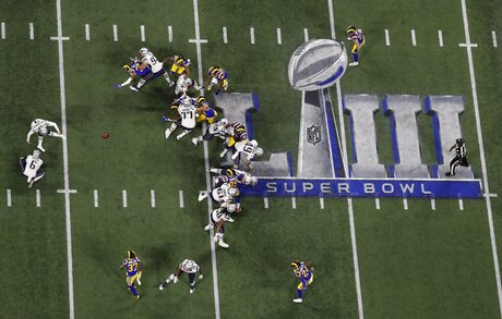 APTOPIX Patriots Rams Super Bowl Football