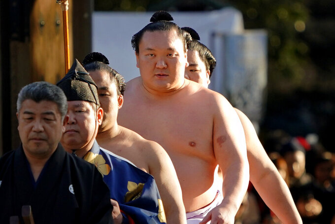 Top-ranked sumo wrestler tests positive for COVID-19