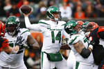 New York Jets quarterback Sam Darnold (14) passes during the first half of an NFL football game against the Cincinnati Bengals, Sunday, Dec. 1, 2019, in Cincinnati. (AP Photo/Gary Landers)