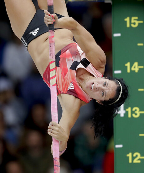 Rio Olympics Pole Vault Sick Champion