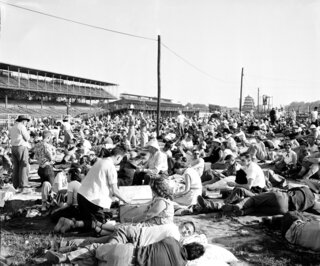 Indy 500 1953 Countdown Race 37 Auto Racing