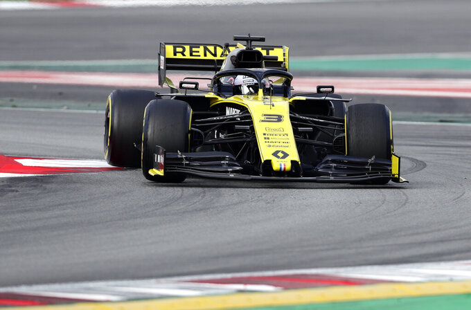 Renault driver Daniel Ricciardo of Australia steers his car during a Formula One pre-season testing session at the Barcelona Catalunya racetrack in Montmelo, outside Barcelona, Spain, Tuesday, Feb.19, 2019. (AP Photo/Manu Fernandez)