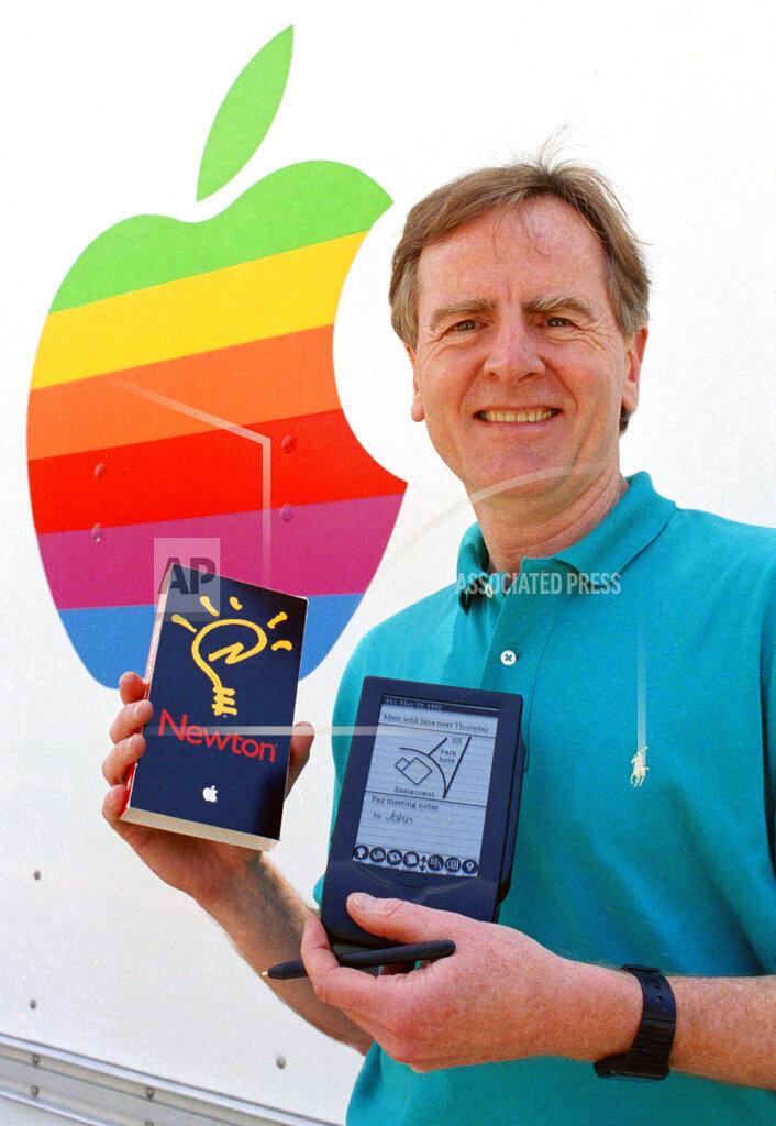 Watchf AP A  CA USA APHS477724 Apple's Newton PDA