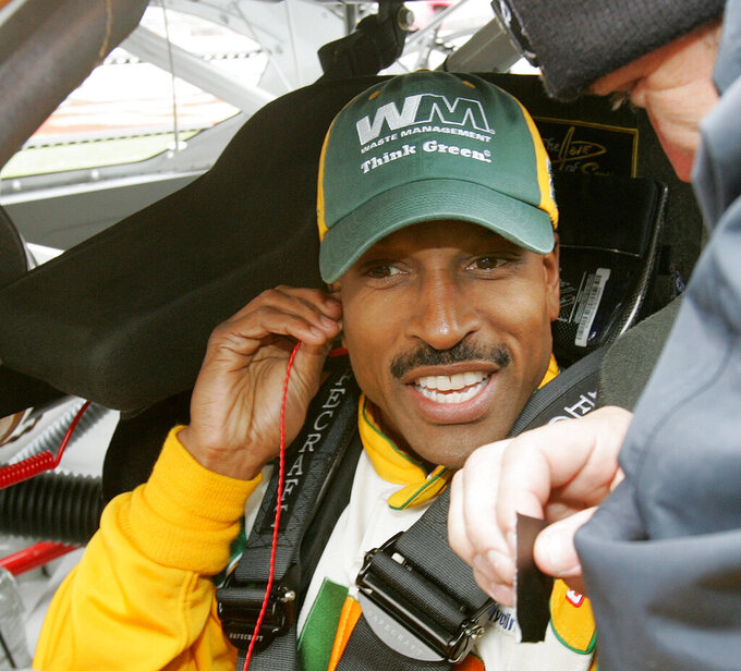 Bill Lester returning to a more welcoming, diverse NASCAR