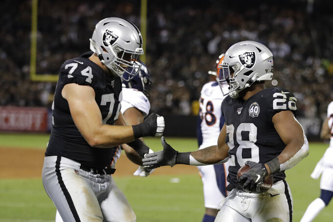 Raiders' Miller revels in shutout against Chubb, Broncos